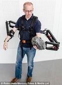 德研制神奇外骨骼系统:工人负重能力提高10倍