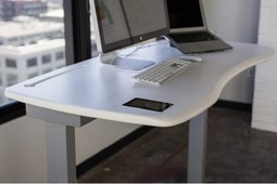 使用昂贵的电动办公桌是一种什么样的体验?