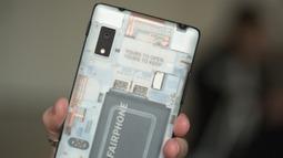 全球最易拆手机问世――Fairphone 2 拆解