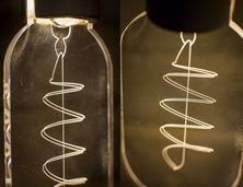 扁平化的LED灯泡