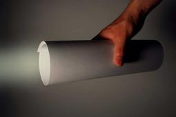 超简便的纸制LED手电筒