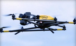 英特尔推首款8轴无人机 遥控配Win10平板