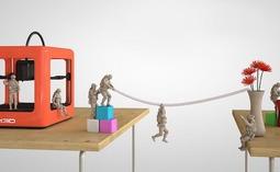据说,这是最小最轻便的3D打印机