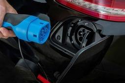 奔驰S级插电混动版售价曝光 约合90.8万