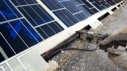 世界上第一条太阳能电池道路在法国投入运行