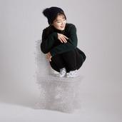 """还买啥家具?这韩国美女已经用3D打印笔""""打印""""椅子了"""