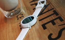 玩得如此时尚 Ticwatch E智能手表上手评测