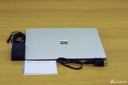 国行微软Surface Laptop开箱图赏:颜值是最厉害的武器