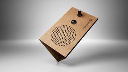一片纸板收音机