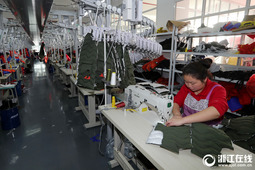 机器换人 湖州织里推进童装产业自动化