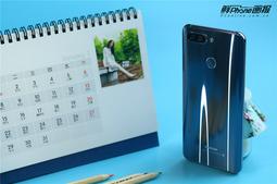 蓝颜知己,为你而来 海信H11全面屏手机图赏
