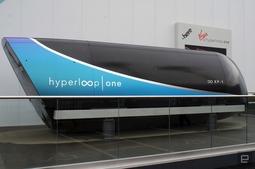 超级高铁Hyperloop One在CES上展示车厢