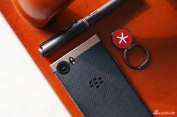 支持双卡双待 BlackBerry KEYone精英版手机图赏