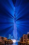 如幻影般魅力无限 震撼的迪拜哈利法塔灯光秀