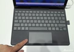 华为M5系列平板实拍图赏:多了个笔