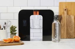 智能净水设备,告别瓶装水拯救地球