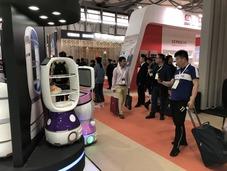 擎朗机器人精彩亮相2018HOTELEX上海酒店用品展