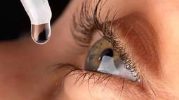 可以治疗近视的纳米眼药水 滴一滴恢复视力