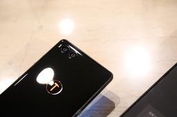 锤子科技手机新品 坚果R1现场实拍