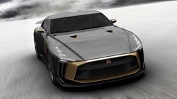 日产GT-R50