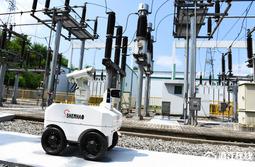 余姚:巡检机器人提效率