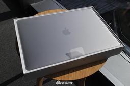 苹果2018款15寸屏MacBook Pro开箱图集